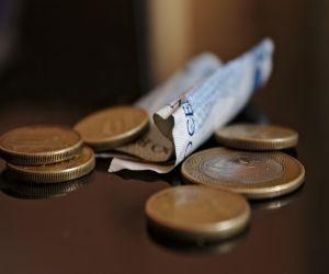 obniżenie wynagrodzenia pracownika za pracę złej jakości