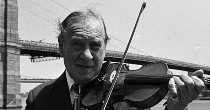 15 Classical Henny Youngman one-liners - http://www.lifedaily.com/15-classical-henny-youngman-one-liners/
