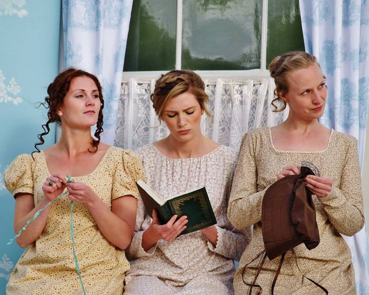 Perfectly British ~ Chapterhouse Theatre Company take Jane Austen's Pride & Prejudice back to its Hampshire roots... #locallife #JaneAusten #Hampshire #outdoor #theatre #review