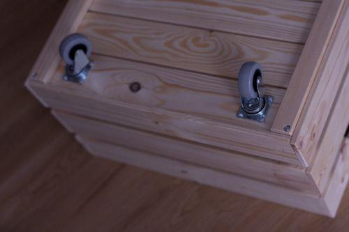 Plumbob dollhouse knagglig rill ikea hack diy bois for Meubles ikea detournes