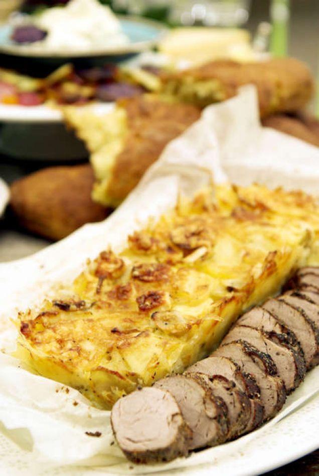 Potatiskaka med jordärtskocka och palsternacka med pepparfilé - Mitt kök