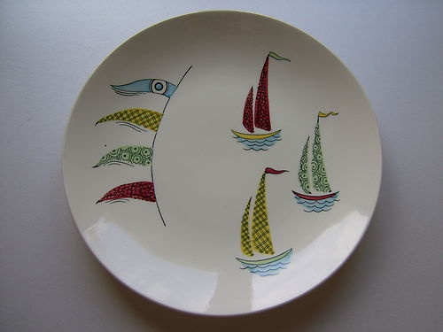 An Incredibly Rare J & G Meakin Retro Plate c. 1950's 'Sea Breezes'