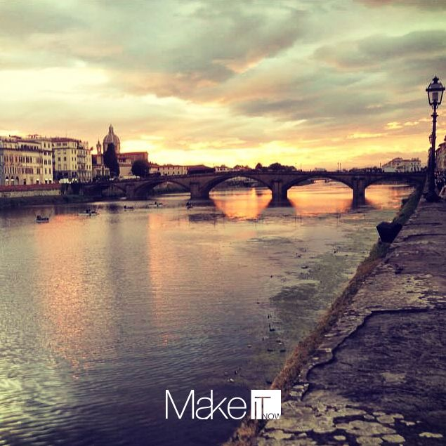 MakeItNow Florence #makeitnow #florence #firenze #sunset #tramonto #clouds #sky #bridge #river #communication #comunicazione #pontevecchio #wonderfulplaces #travel #lovetravelling