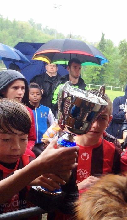 Sponsoring - Tournoi de foot à Solignac Citya-Belvia Immobilier était partenaire du tournoi de football qui s'est déroulé le 1er mai au stade de SOLIGNAC (87110).  Bien que pluvieux, le tournoi a été très réussi ! Nos petits champions n'ont eu que plus de mérite !