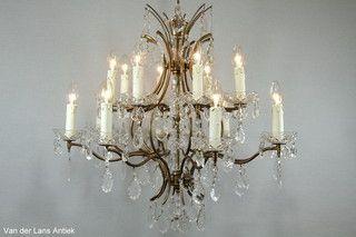Franse kroonluchter 25876 bij Van der Lans Antiek. Meer antieke lampen op www.lansantiek.com