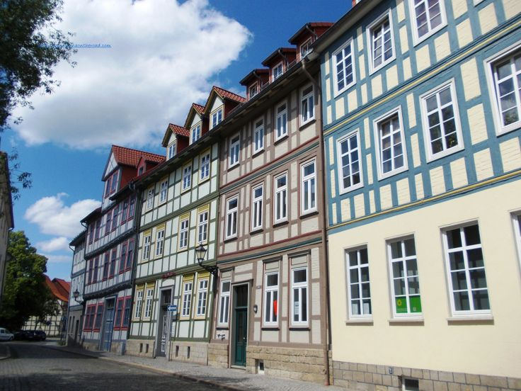 In the historical area. I am glad to see back the half-timbered colourful houses, an architectural feature typical for the Harz area.