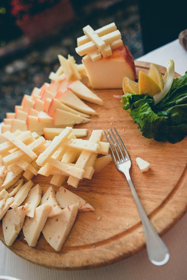 Wedding aperitif in Tuscany