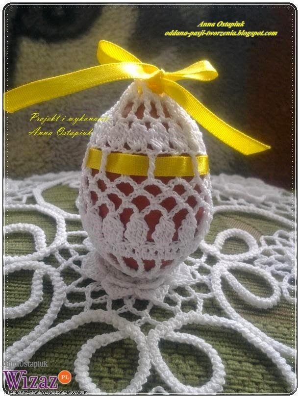 Ostatnie dwa moje wpisy dotyczyły małych jajeczek. Ale powstały też większe koszulki i obdzierganki na jajeczkach gęsich, a także ciut więks...