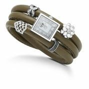 Yesterday's the past, tomorrow's the future, but today is a gift. That's why it's called the present. Bil Keane Be inspired...Like our Facebook page to keep updated with the latest gift ideas: https://www.facebook.com/InutiDesignerJewelleryLtd