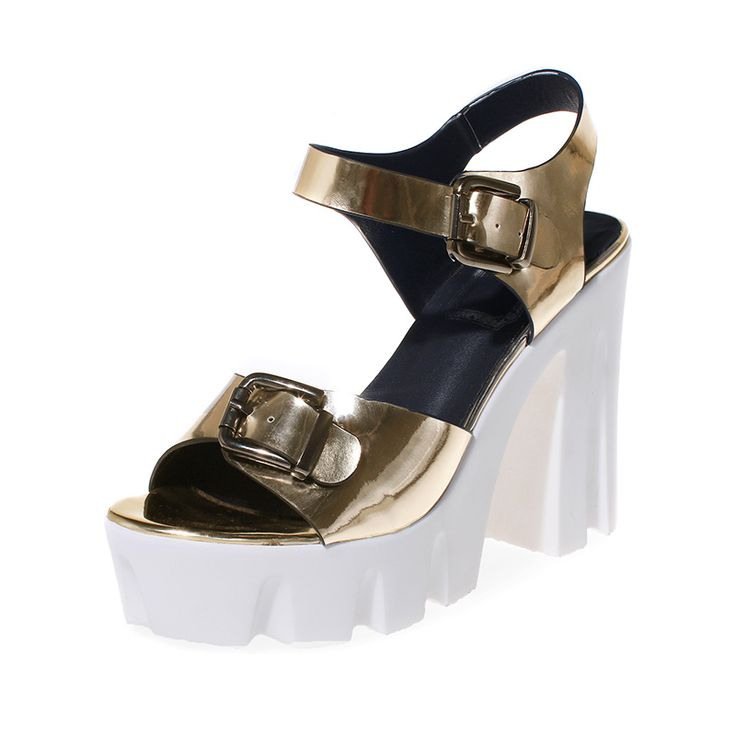 Fashion 2017 summer platform  heels shoes women genuine leather sandals Lady thick heel Open toe Gold/Silver paty rihanna slides. Yesterday's price: US $66.00 (53.61 EUR). Today's price: US $39.60 (32.17 EUR). Discount: 40%.