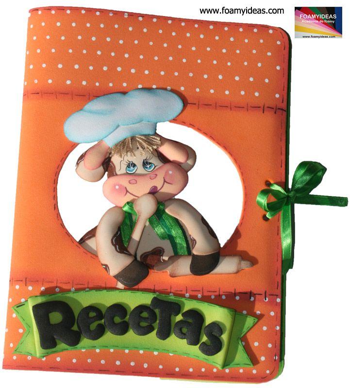 Funda para el cuaderno de tus Recetas. MOLDE GRATIS con Paso a paso! Hecho en foamy. Es un regalo ideal también para el Día de las mujeres, para el Dia de la Madre, para los cumpleaños etc.  No olvide, en nuestra página todo es GRATIS! Notebook Case for your recipes. FREE MOULD and Step by Step! Made in foamy. It is also ideal gift for the Women's Day, for Mother's Day, for birthdays etc. Do not forget, in our page all free…
