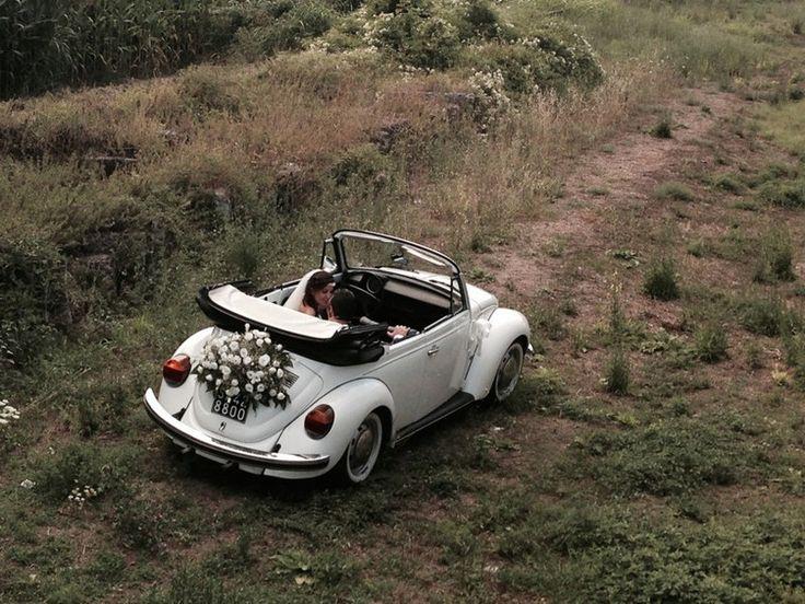 Maggiolone Bianco cabrio interni scuri ultima modifica: 2016-02-15T17:13:32+00:00 da admin