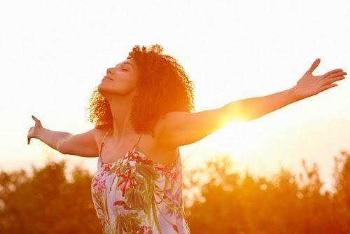 Le persone felici sanno sfruttare al meglio le opportunità e, invece di aspettare che arrivi il momento perfetto, imparano a favorirlo