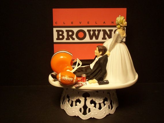 Cleveland BROWNS FOOTBALL Bride & Groom Wedding Cake by mikeg1968