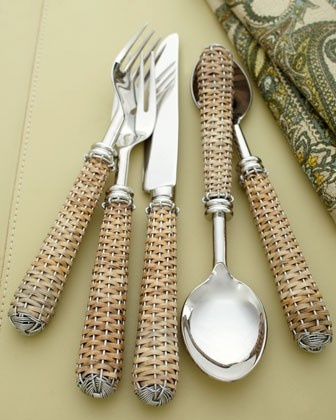 Wicker basket-weave flatware! Rustic and beachy! #CoastalDecor #natural
