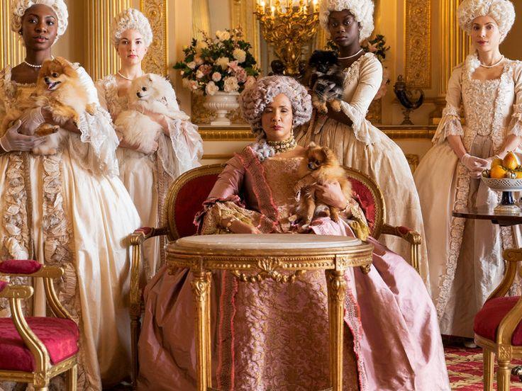 """'Netflix' y Shonda Rhimes están detrás de la nueva serie que no quiere ser """"el drama british de época que le gusta a tu abuela"""". Hablamos de 'Los Bridgerton', y también de la elegancia de sus decorados (rozando la horterada). New Netflix, Shows On Netflix, Movies And Tv Shows, Netflix Users, Downton Abbey, Gossip Girl, Maggie Smith, Joan Collins, Orange Is The New Black"""