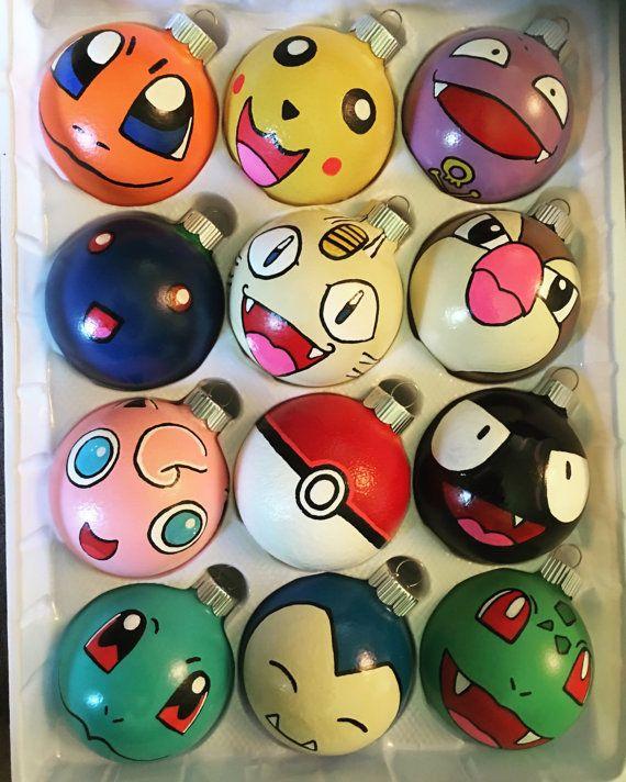 Ornements de Noël Pokemon par HeatherINwAnderland sur Etsy