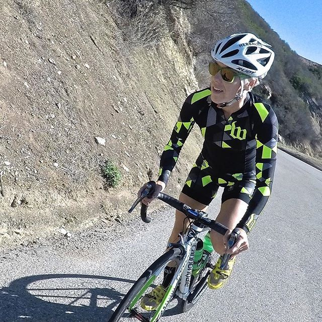 320e8100e TIME TO CLIMB!  hjacksonracing on the slopes of the  GibralterRoad climb   santabarbara  california Rocking the new Wattie Ink. Flo Yellow