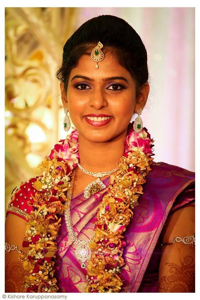 Garland with a modern twist.  #garlands #bride #south-Indianwedding #tradition #simple #make-up #joy