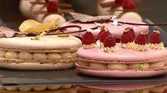 Paco Torreblanca ha dado una clase magistral sobre cómo elaborar un Macaron. Este dulce es un tipo de galleta tradicional francesa hecho de clara de huevo, almendra molida, azúcar glas y azúcar.
