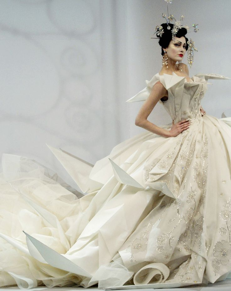 2007, BUT I LOVE IT! Christian Dior haute couture s/s 2007 by John Galliano