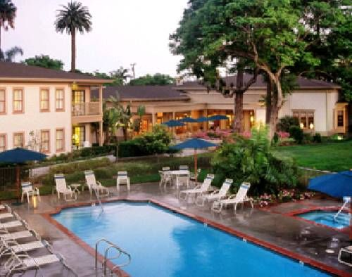 Pacifica Suites Santa Barbara (California) Situated in a lush grove of trees off Highway 101, this all suites hotel features an outdoor pool and hot tub in a garden setting and offers a daily cooked to order breakfast. Santa Barbara Municipal Airport is 5 minutes' drive away.