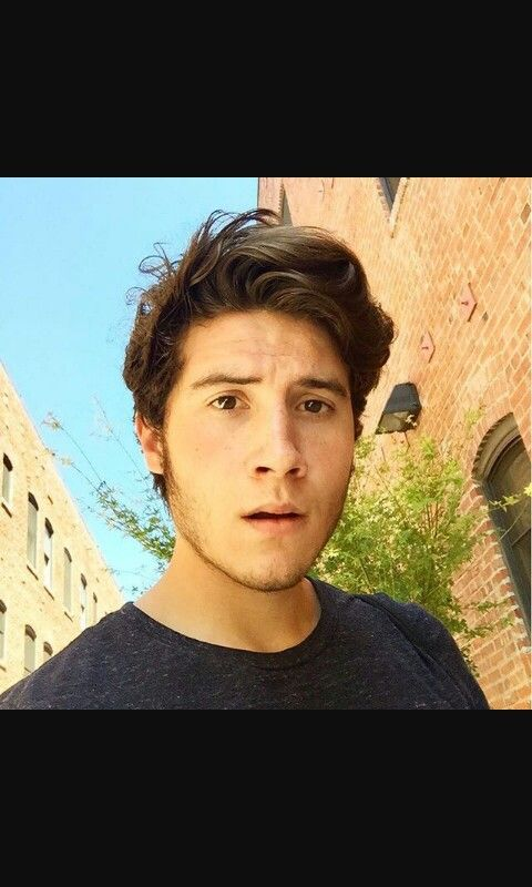 Brandon Calvillo, oh he's shooooo cuuute, but I just can't help noticing how much he looks like Hans. Yes, from Frozen. -_-