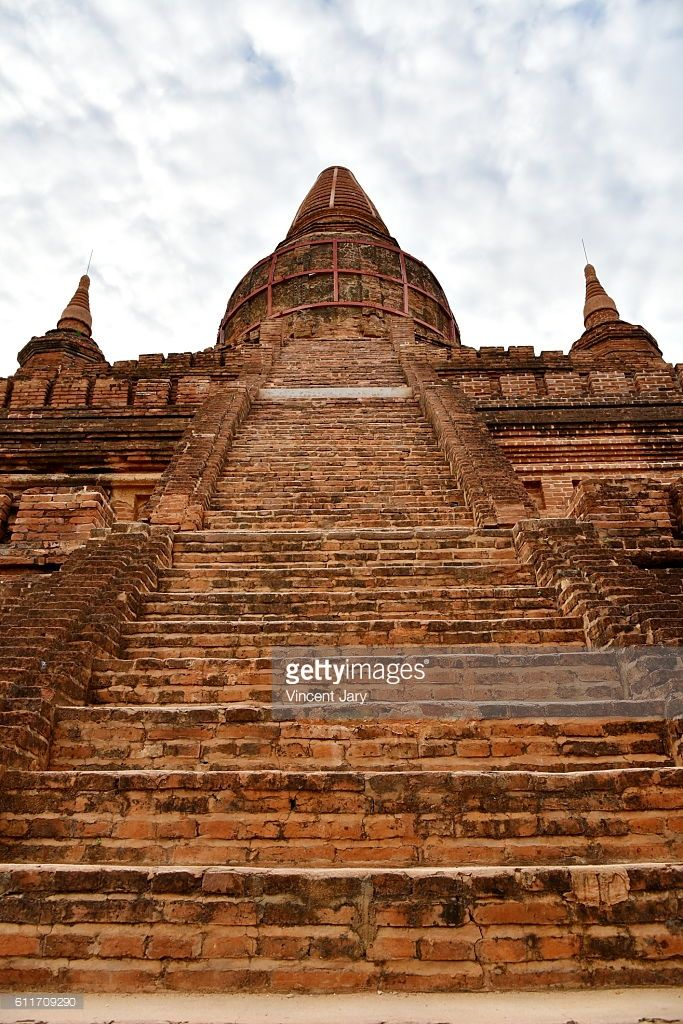 steps and stairs at Bagan, unesco ruins, Myanmar. Asia.  #getty #photographe #photo #image  #images #temple #boudhisme  #religion #gold #stupa #photographie #or #ancien#histoire #unesco
