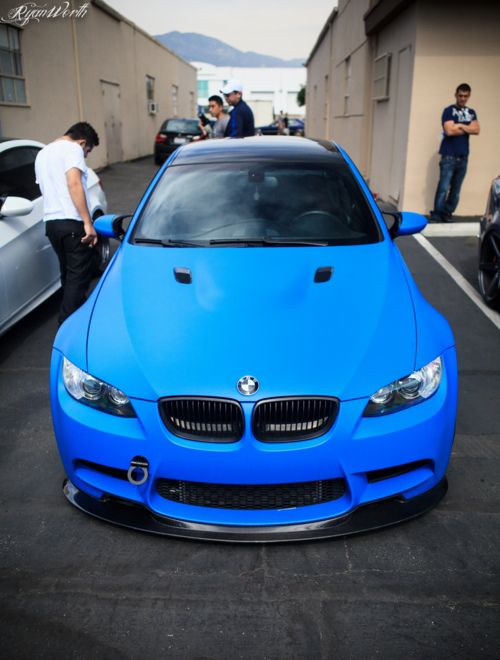 Matte Blue e92 M3 ... OMFG!!!! I the color!!!