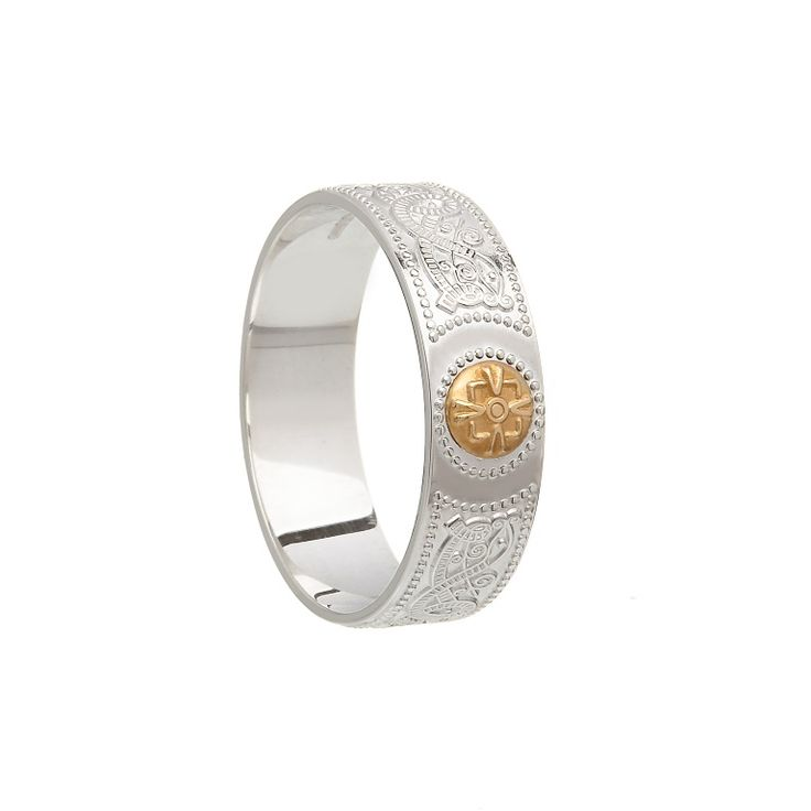 Celtic Shield Band #houseoflor #irishjewelry #irishgold #ring #sterlingsilver #arda #handmade #celticjewelry