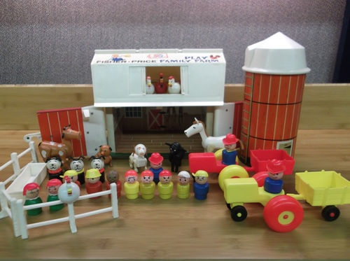 Fisher-Price farm set, over 30 pieces, Vintage 1970s I had one of these!!!