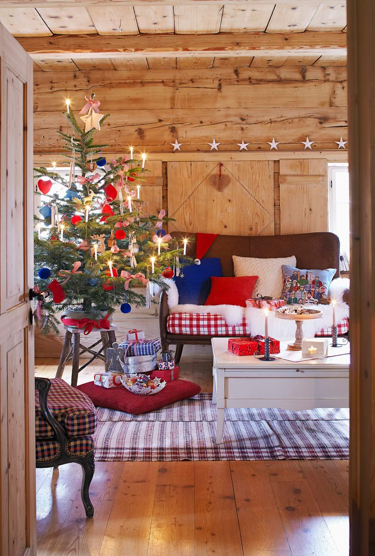 Chalet in Montagna Albero di Natale