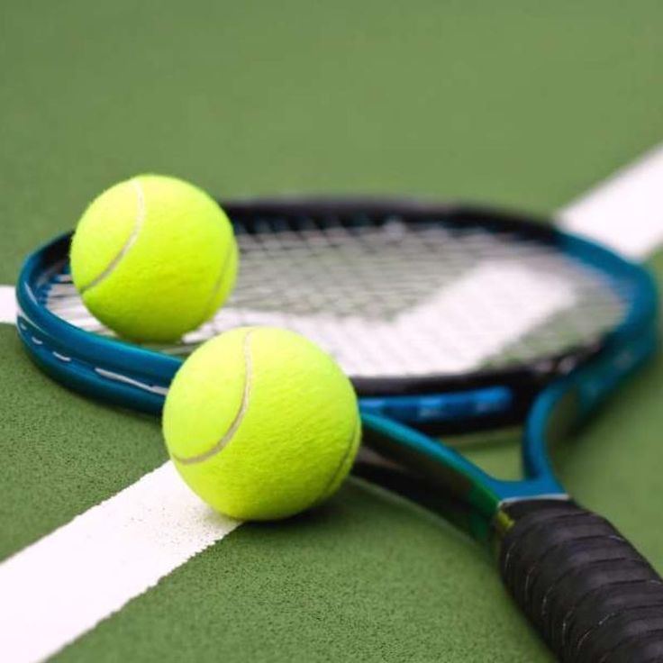 Public (and Free) tennis courts only 1 minute walk!