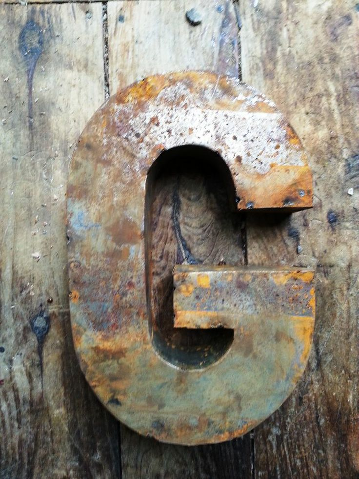 14 Inch Letter Quot G Quot Metal Vintage Look Rustic Rusty Rusted