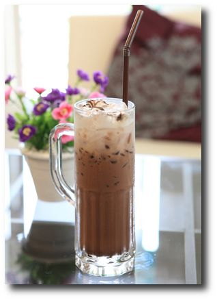 Iced Mocha Recipe, quick and easy and I just tried it~so yummy!!
