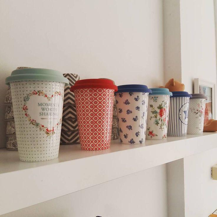 Porcelán utazo bögrék.  @skanditrend  #skanditrend #greengateofficial #bögre #kávé #romantika #vintagestyle #vintage