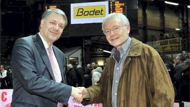 Bodet équipe au moins 60 % des clubs de basket pro.  Tableaux d'affichage, « sifflet électronique »… Bodet, la société d'horlogerie et d'électronique installée à Trémentines, exporte son savoir-faire bien au-delà de Cholet-basket. Elle vient de signer un partenariat avec la Ligue nationale de basket. http://www.ouest-france.fr/trementines-bodet-equipe-au-moins-60-des-clubs-de-basket-pro-41850