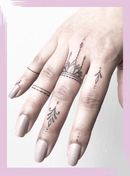 Winzige Fingertattoos für Mädchen; kleine Tattoos für Frauen; Rose Finger Tätowierungen; rin