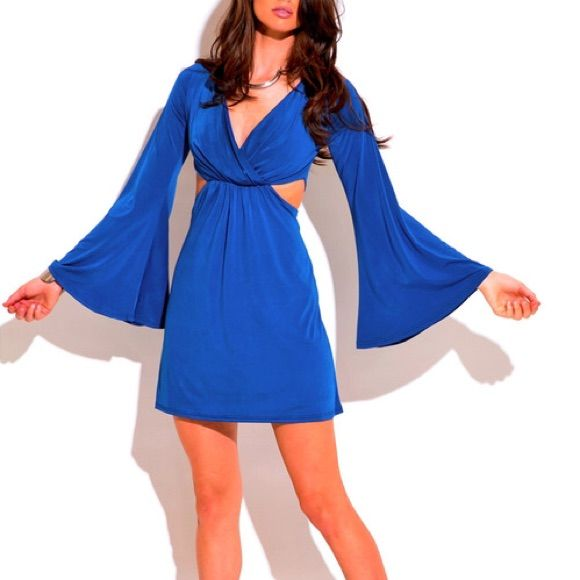 Host Pickblue Bell Sleeve Dress