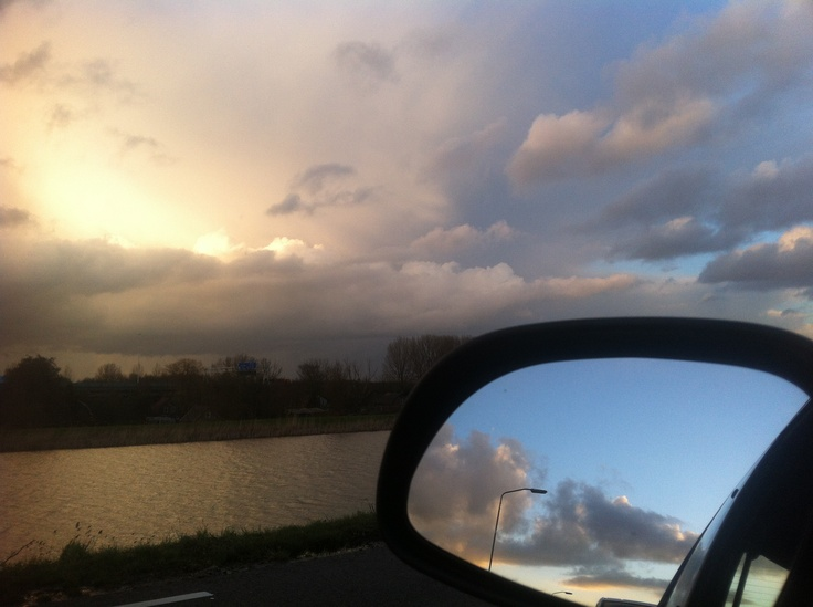 Traffic jams are a good moment to enjoy those Dutch skies.