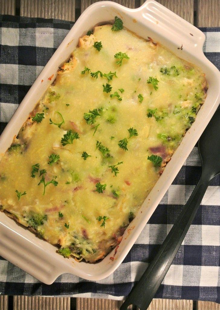 rijst ovenschotel met broccoli, kip en bechamelsaus - lekkerensimpel.com  proberen met pasta ipv rijst