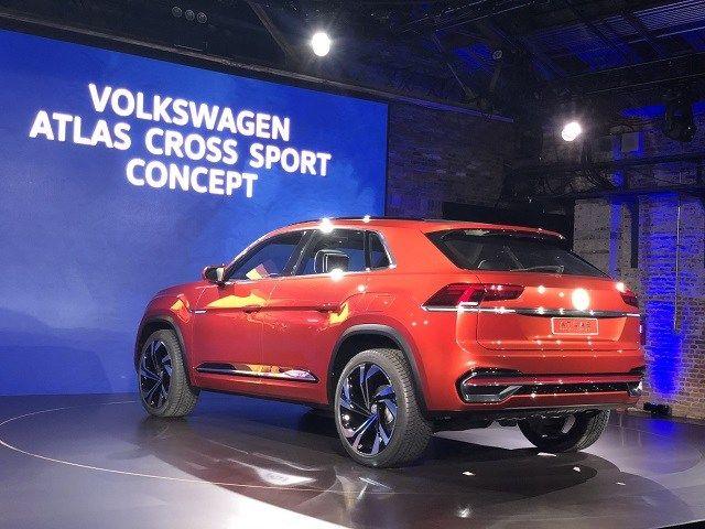 2020 Vw Atlas Cross Sport Rear Concept Cars Atlas Sports