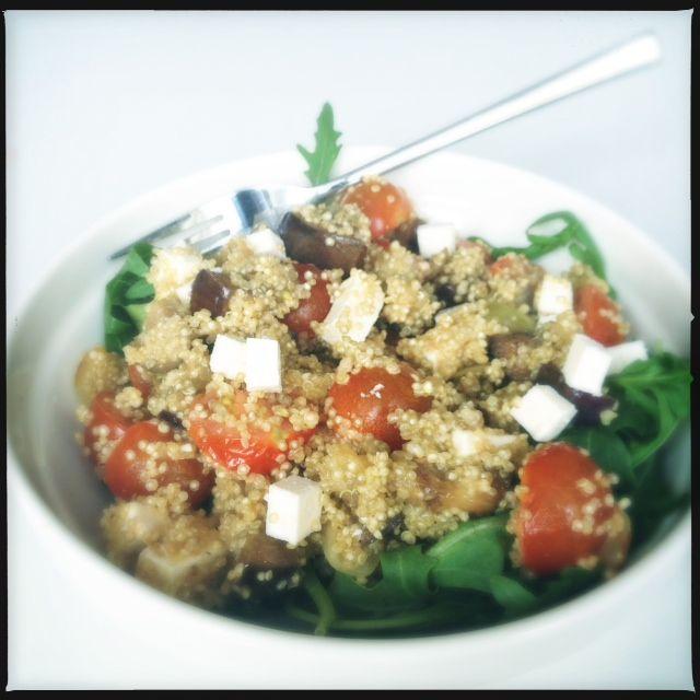 Quinoa met aubergine en tomaatjes