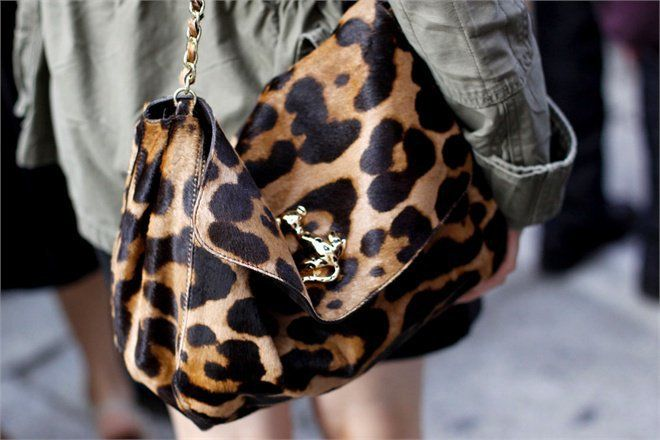 Wish I had this Mulburry leopard print bag...