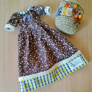 Платье и корзинка для куклы