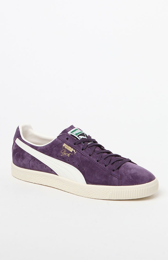 25 best ideas about puma clyde on pinterest puma suede verte puma suede and puma suede classic. Black Bedroom Furniture Sets. Home Design Ideas