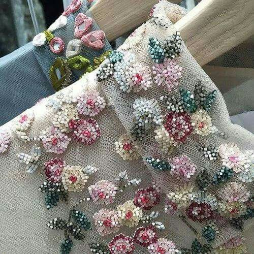 pretty embellishment inspiration for floral couture Photo10                                                                                                                                                                                 More