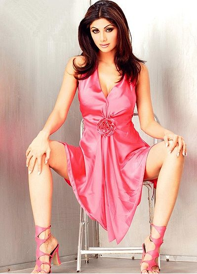 Hot Bond Girls | James Bond' says Shilpa Shetty hot enough to be Bond girl ...