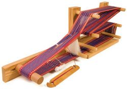 Inkle looms are the perfect way to start weaving for beginners, or a great way to weave when travelling. Start with this free guide!