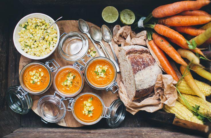 Carrot_tomato_coconut_soup_1